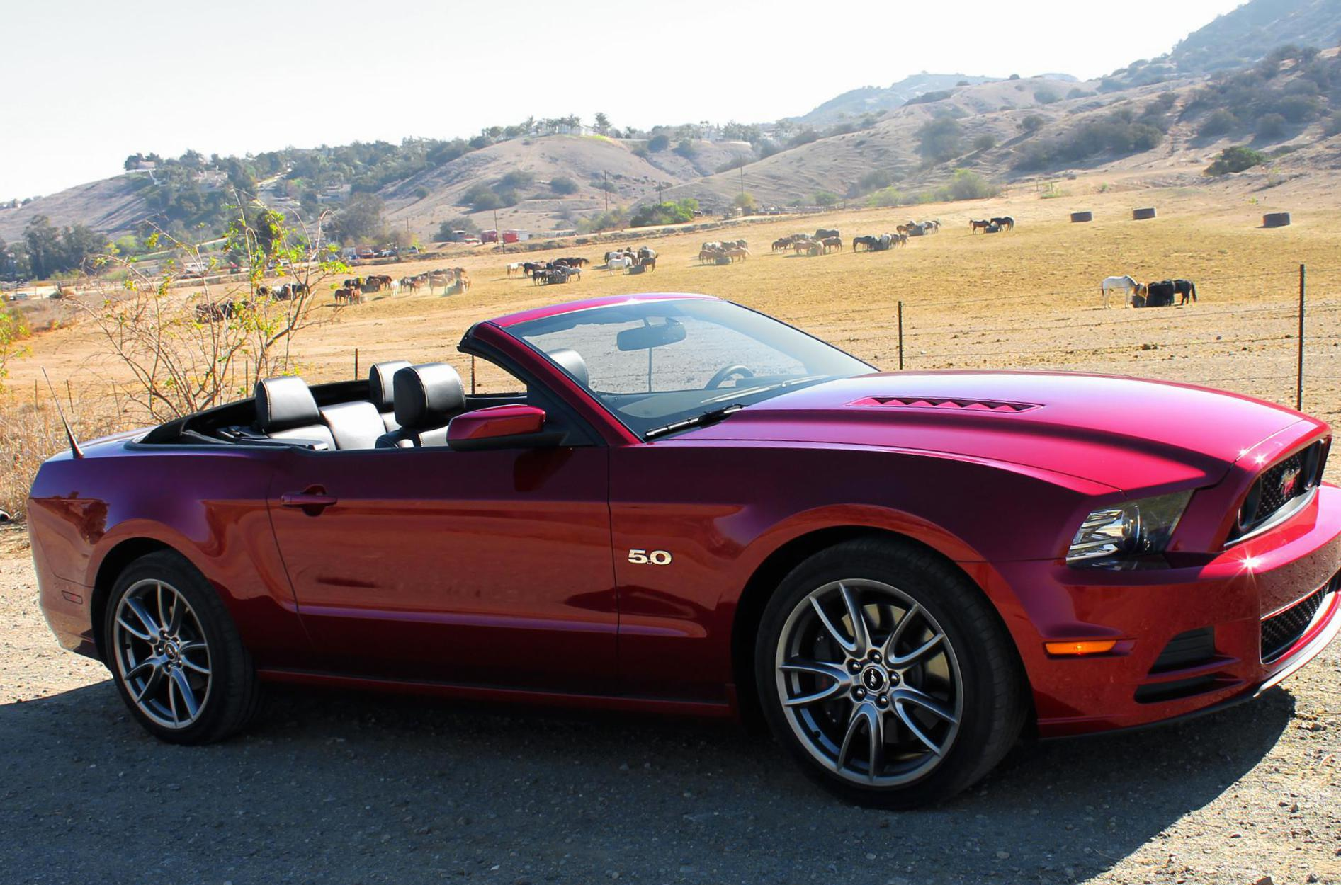 Mustang Convertible Ford model hatchback