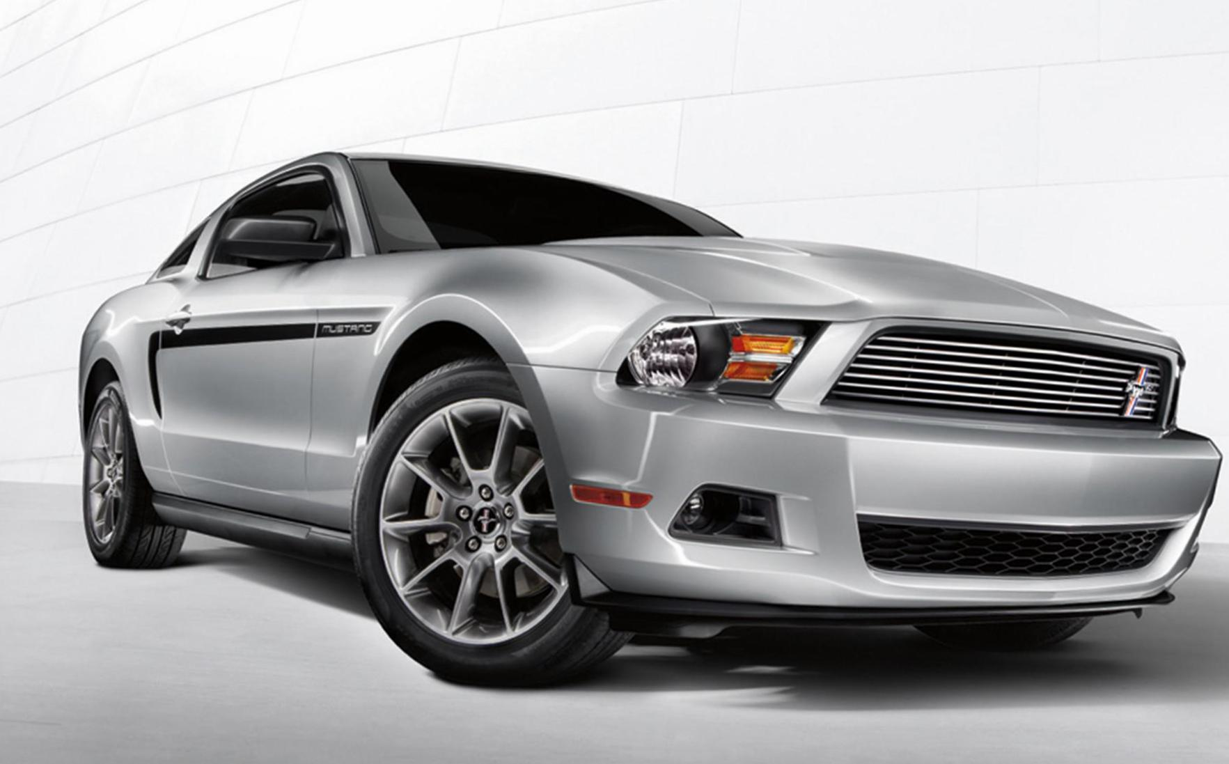 Ford Mustang auto 2014
