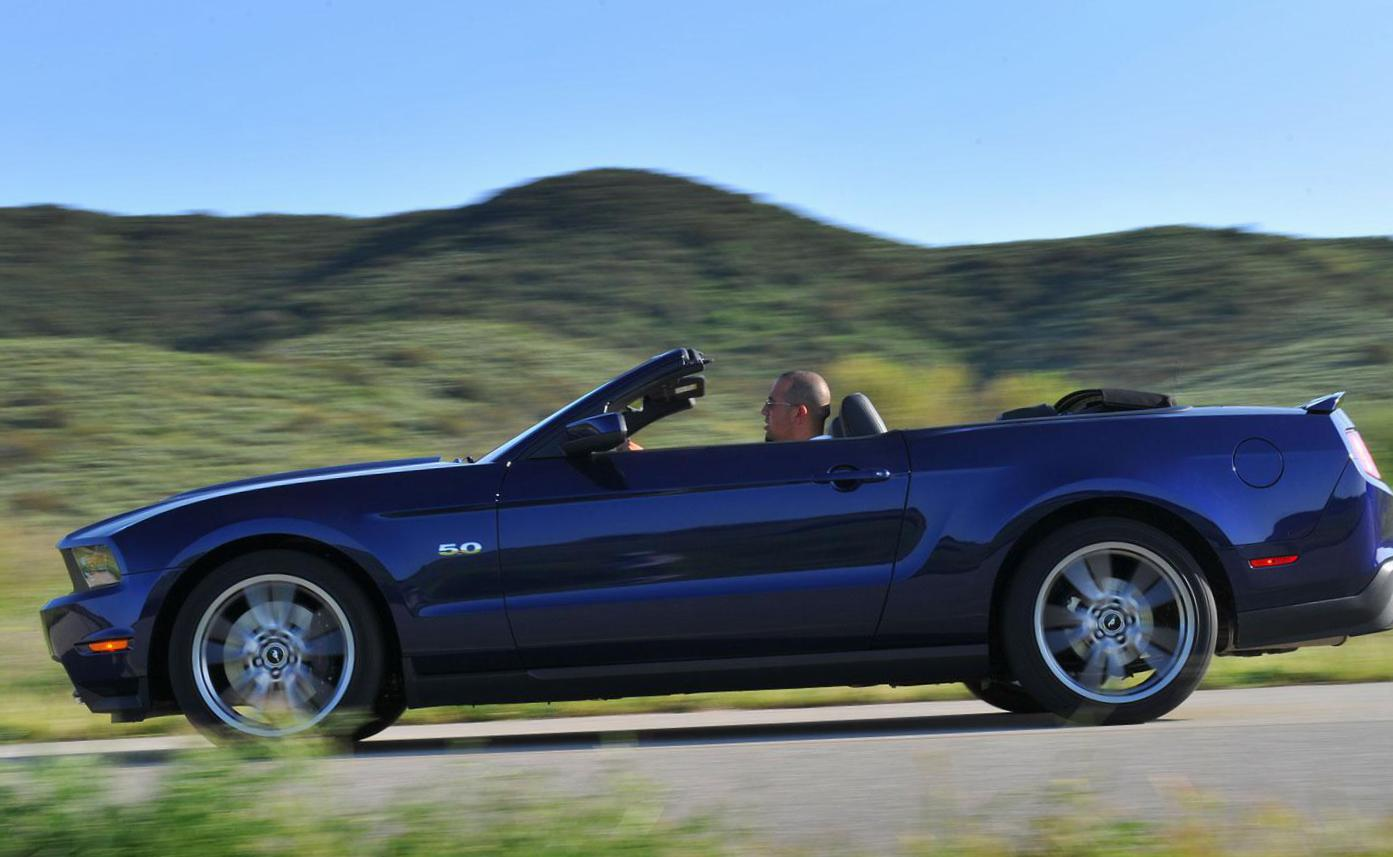 Ford Mustang Convertible lease 2012