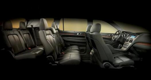 Lincoln MKT Specifications 2014
