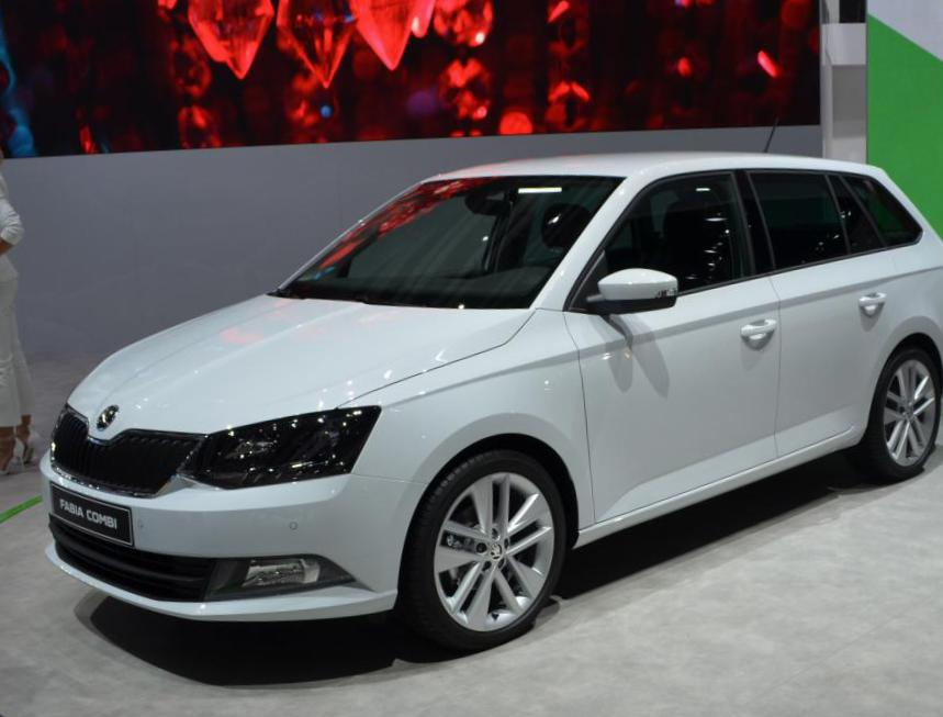 Fabia Combi Skoda review liftback