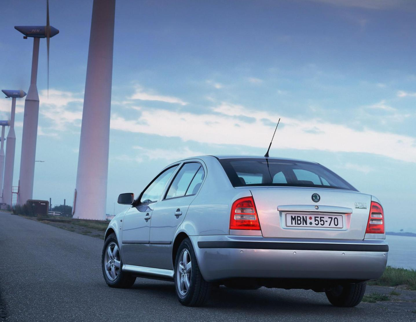 Octavia Tour Skoda Specification 2014