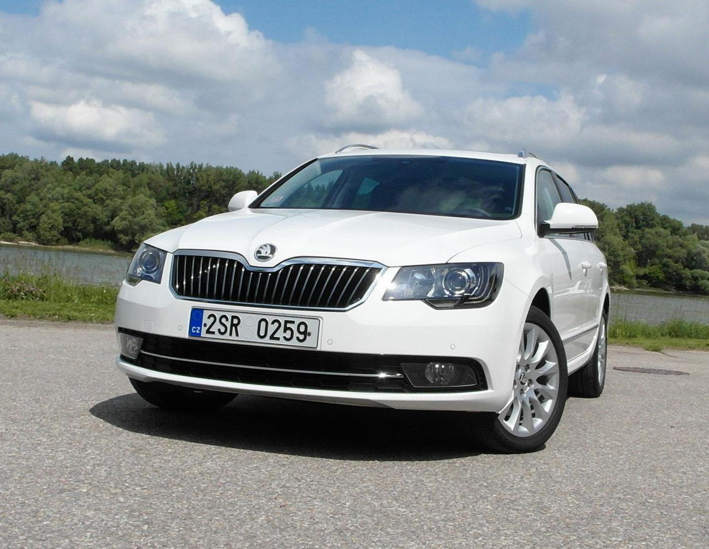 Superb Combi Skoda prices 2014
