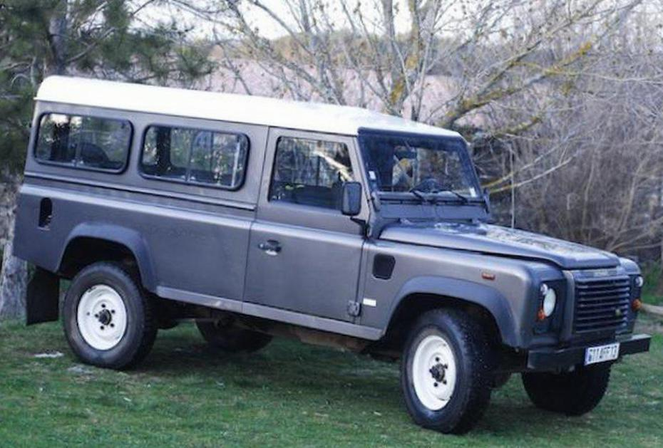 110 Hard Top Land Rover configuration 2009