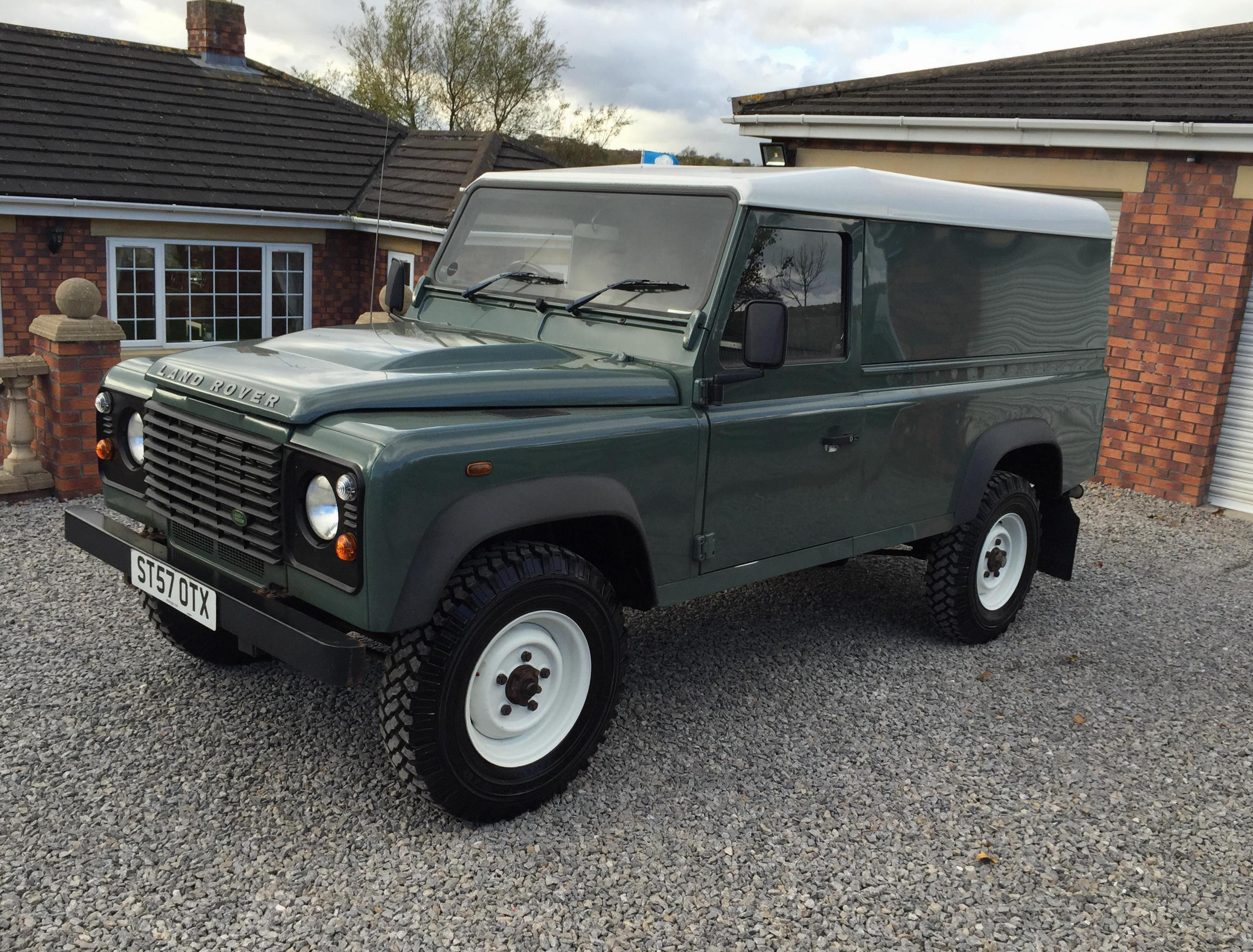 Land Rover 110 Hard Top model 2010
