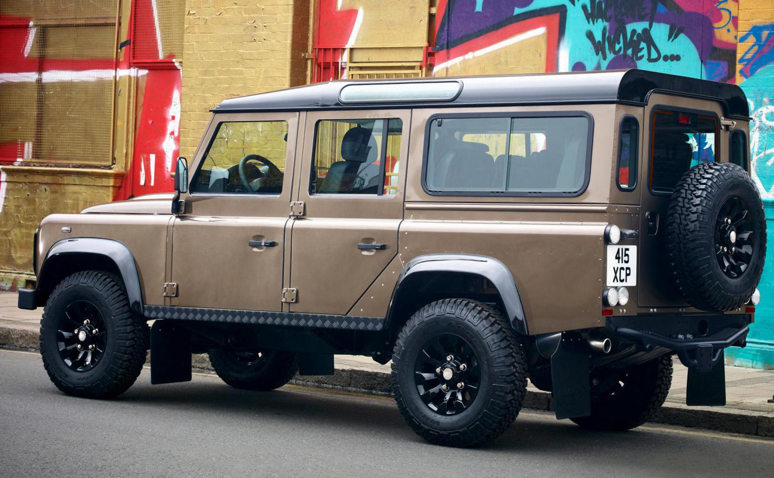 110 Double Cab Pick Up Land Rover approved suv