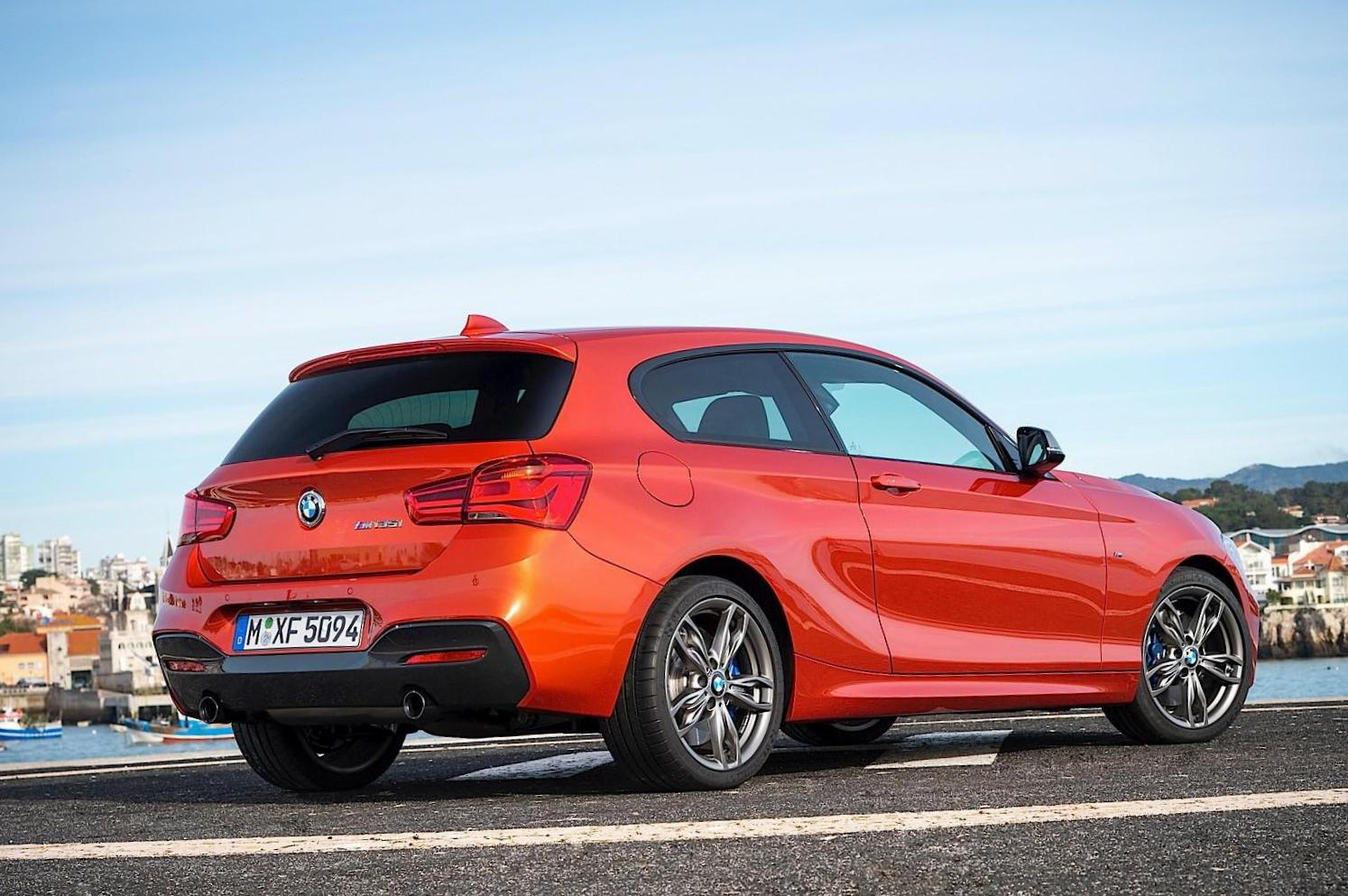 BMW 1 Series 3 doors (F21) cost hatchback