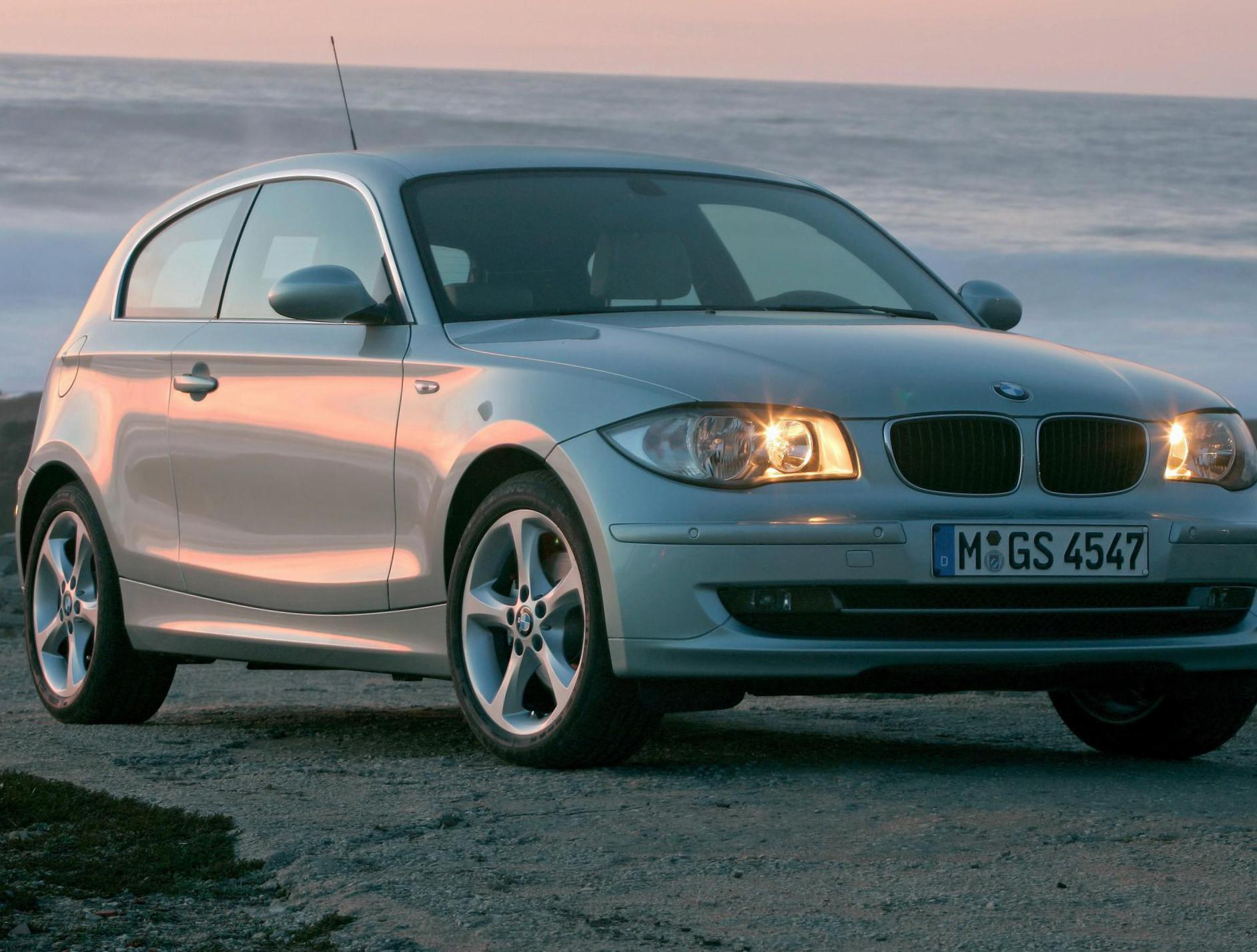 1 Series 3 doors (E81) BMW Specifications 2010