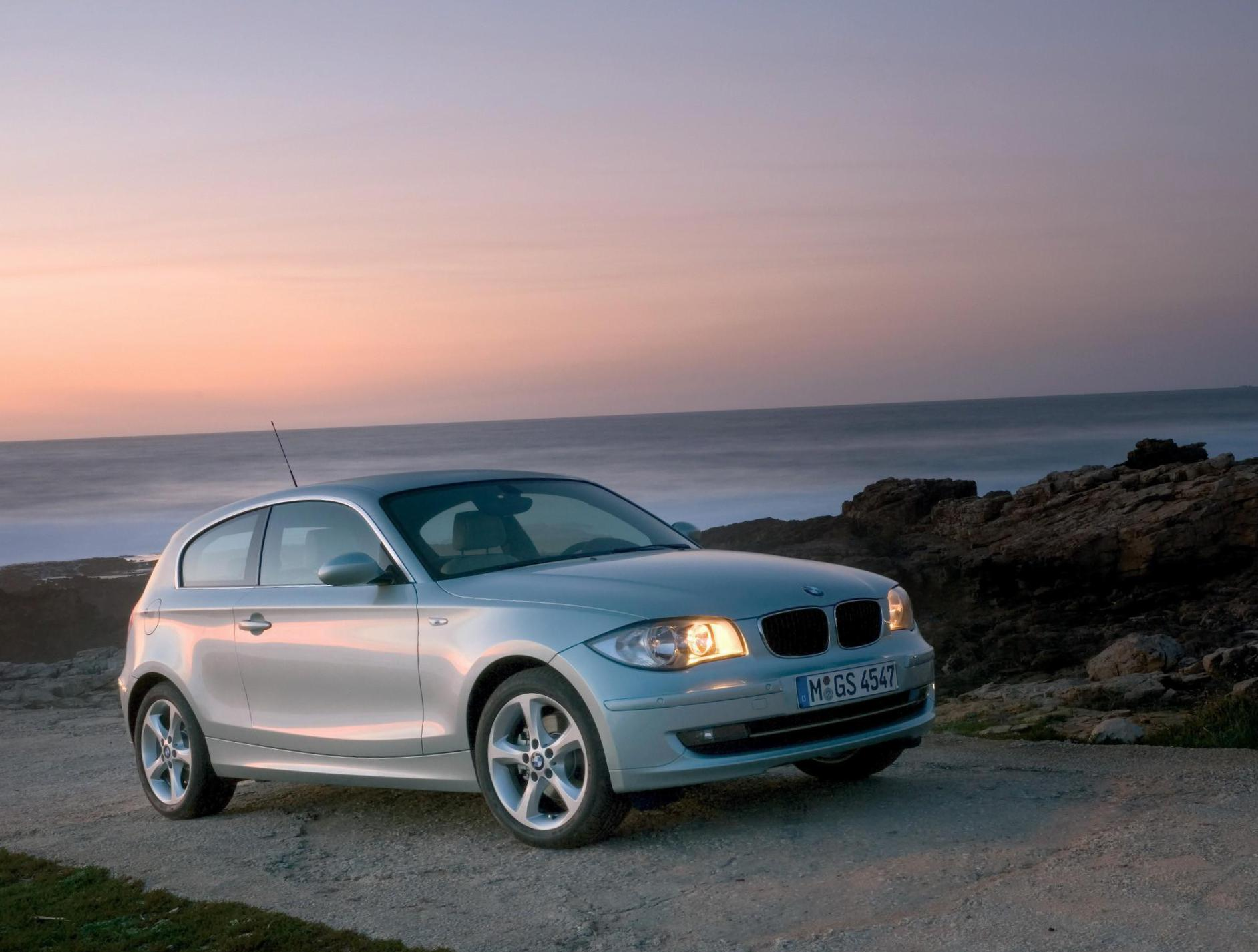 BMW 1 Series 3 doors (E81) specs hatchback