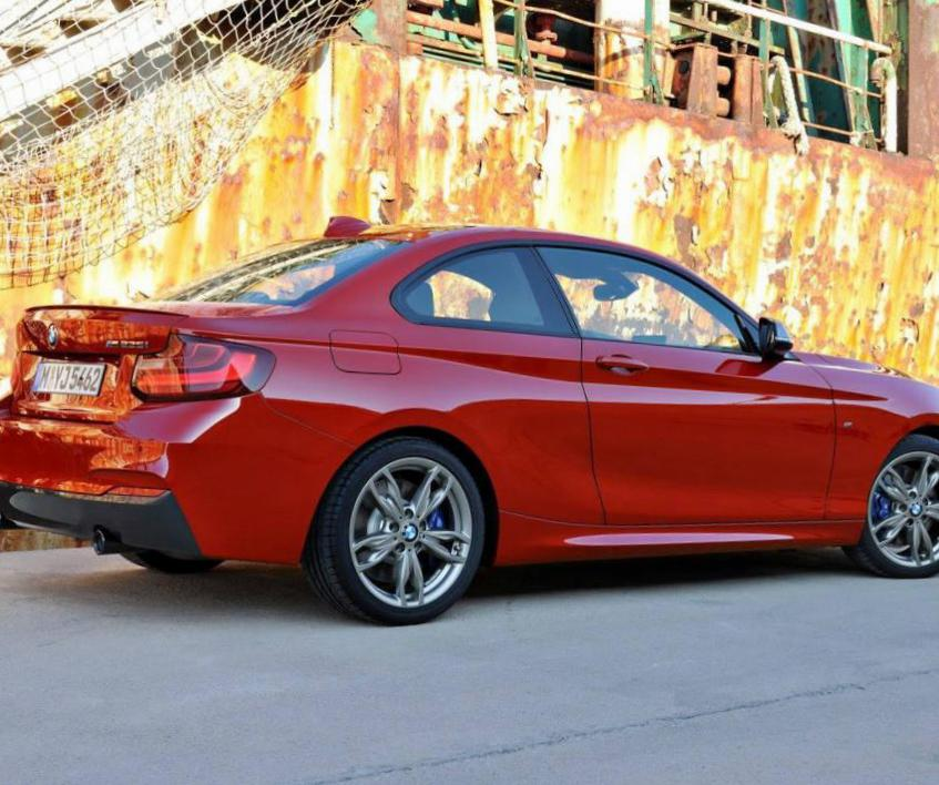 2 Series Coupe (F22) BMW Specification pickup
