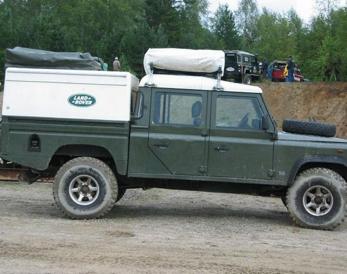 110 High Capacity Pick Up Land Rover cost suv