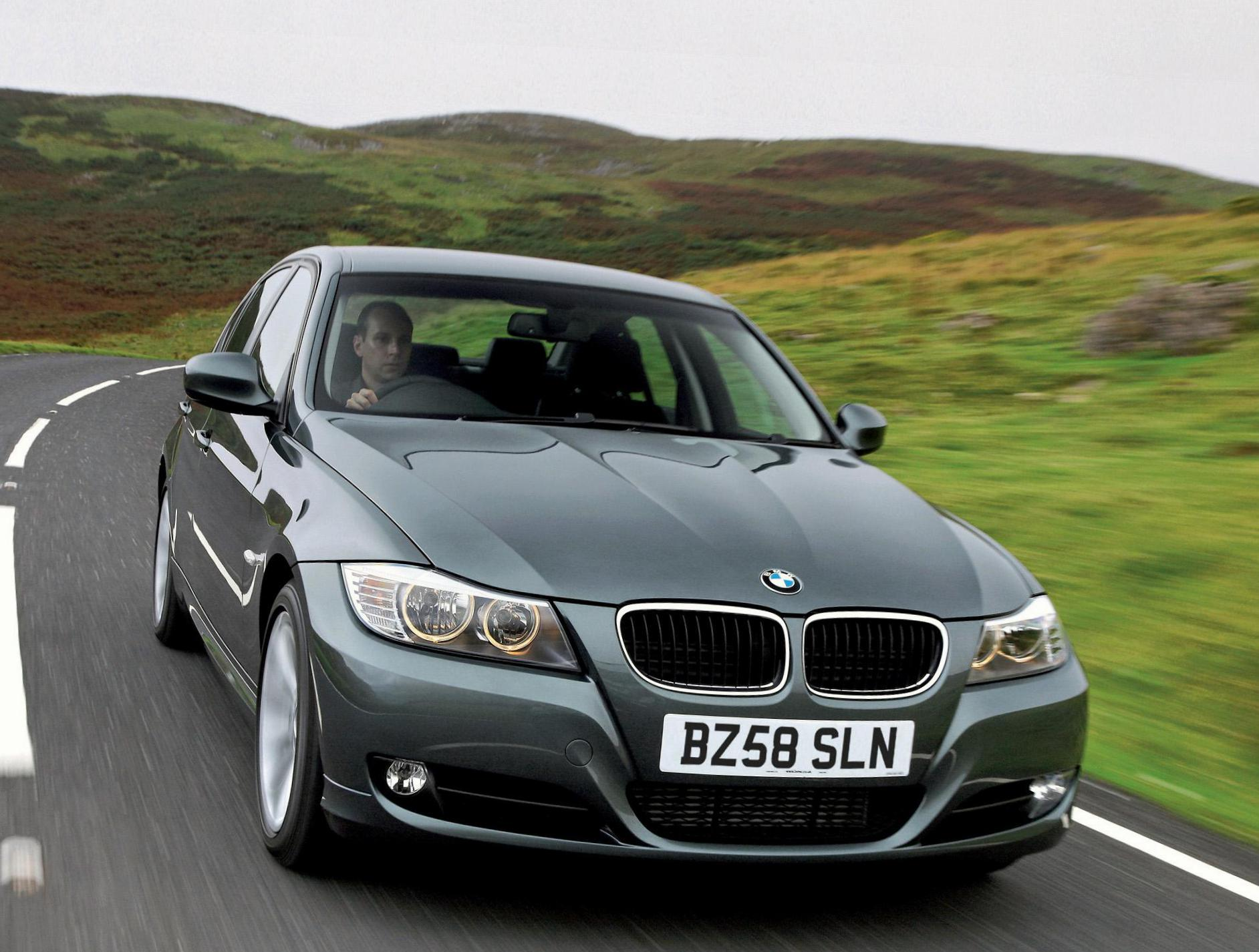 3 Series Sedan (E90) BMW review 2009