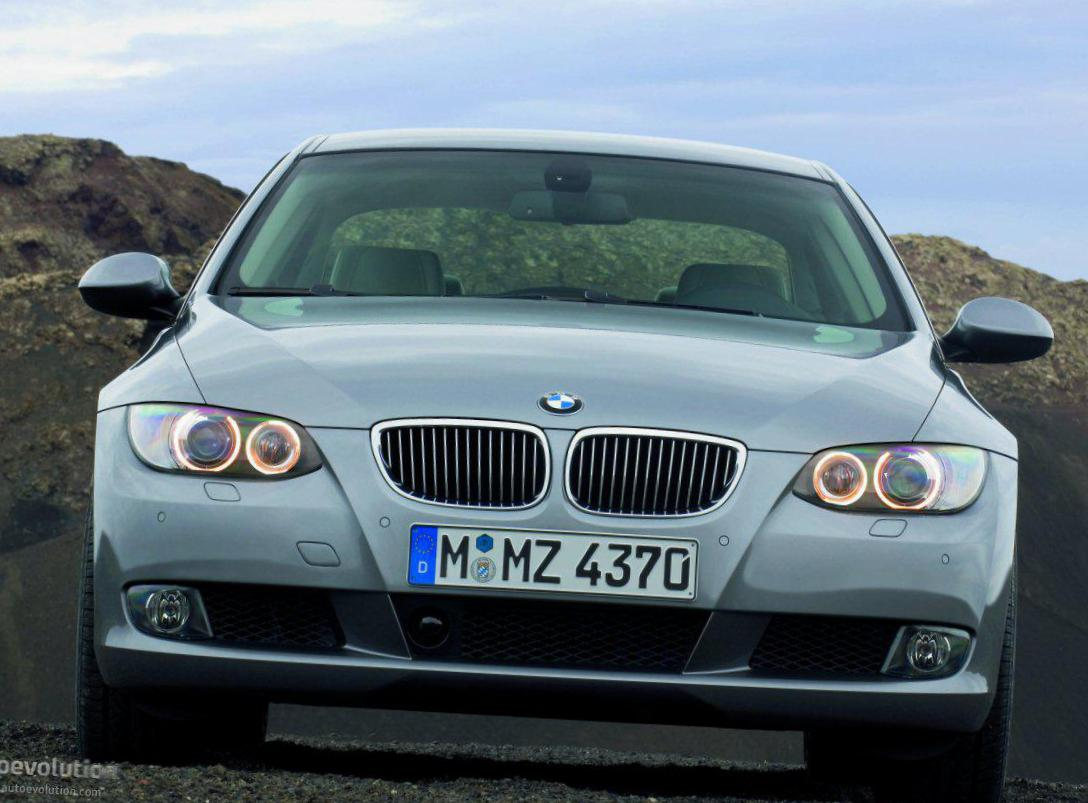 BMW 3 Series Coupe (E92) models pickup