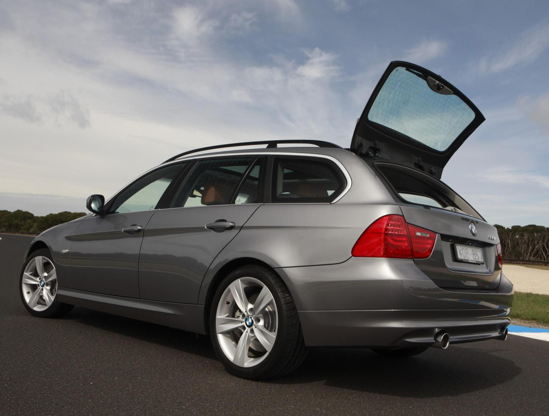 BMW 3 Series Touring (E91) spec 2012