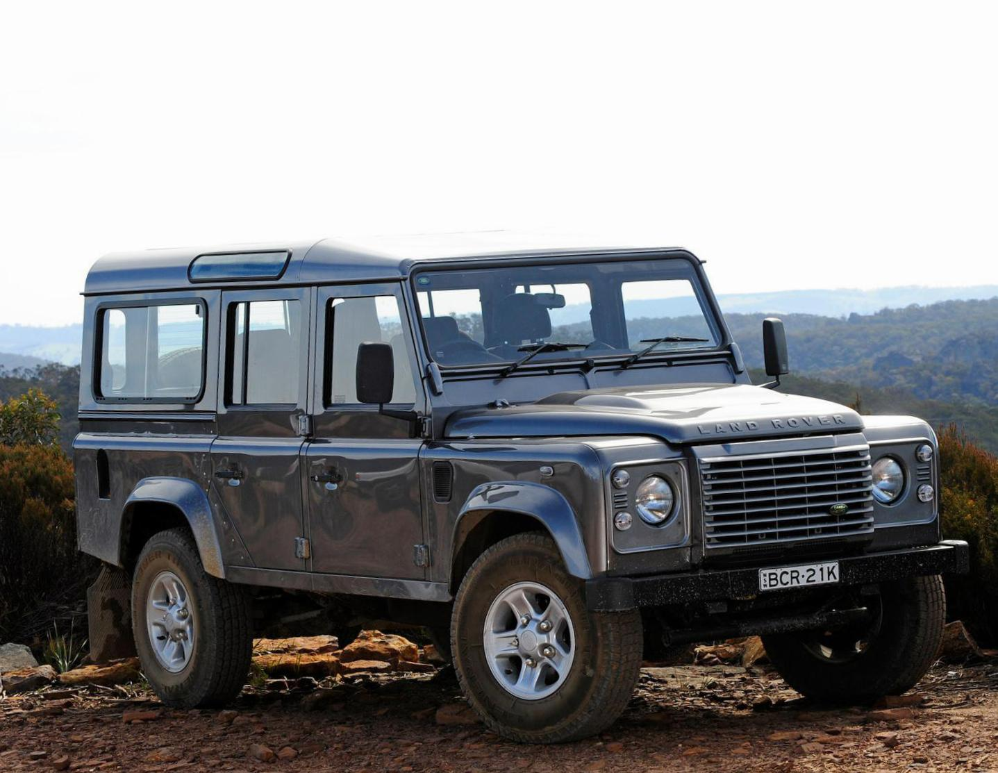 Land Rover 110 Station Wagon specs 2013