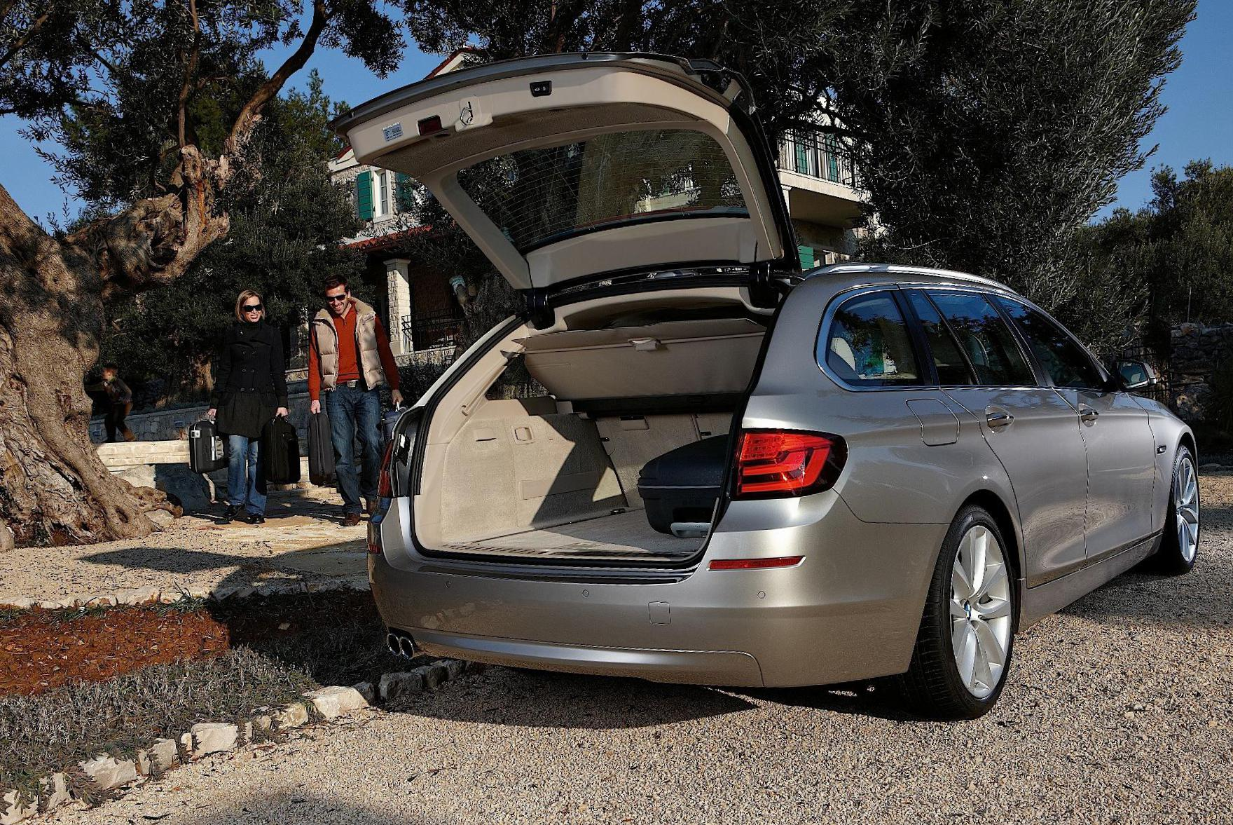 BMW 5 Series Touring (F11) Specifications 2014