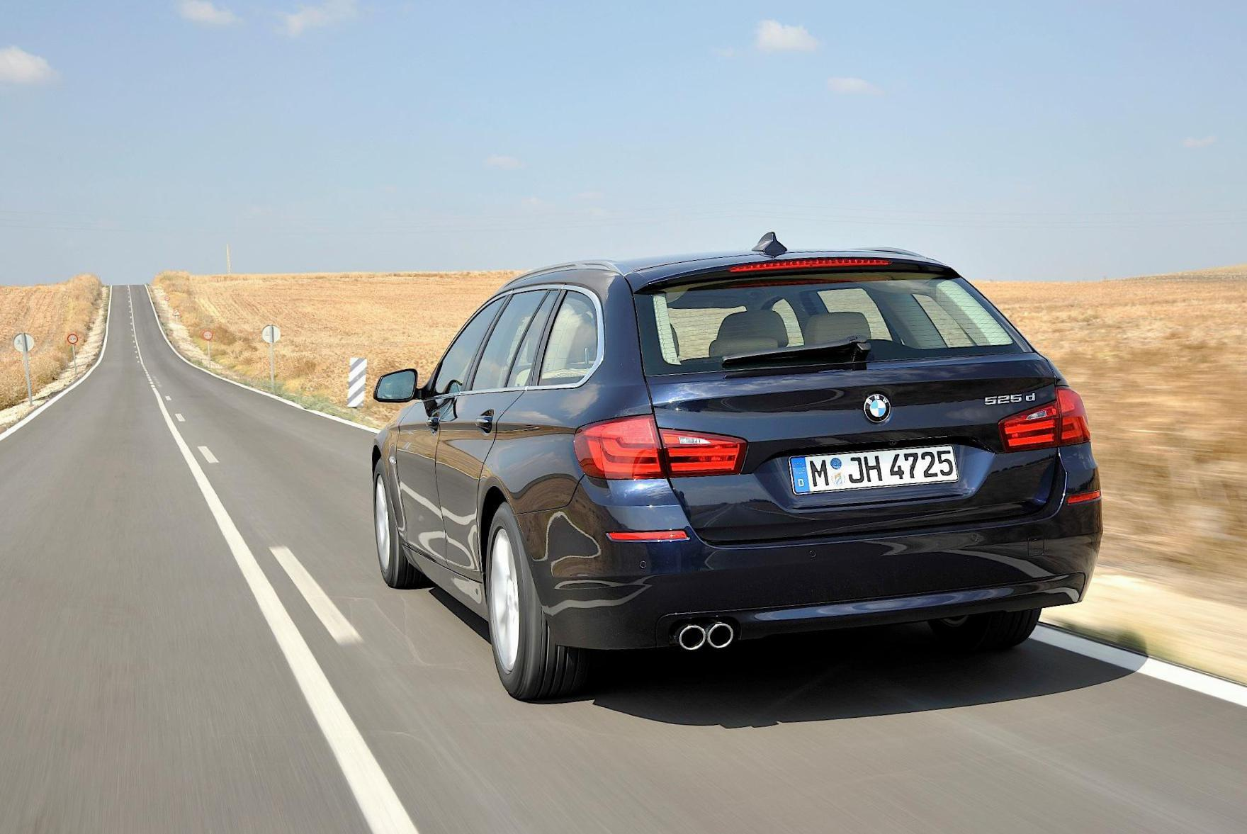 BMW 5 Series Touring (F11) approved hatchback