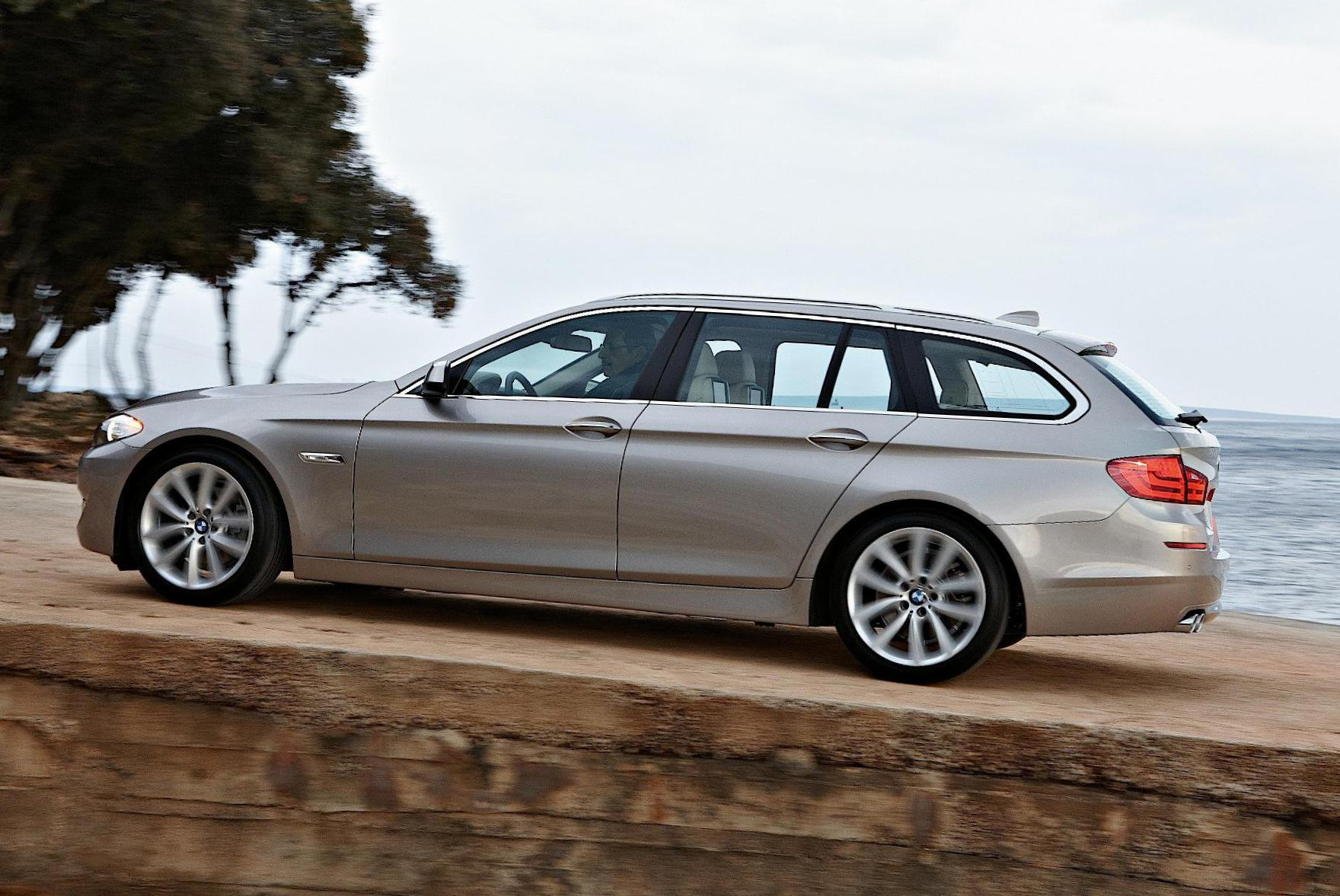 BMW 5 Series Touring F11 s and Specs BMW 5 Series