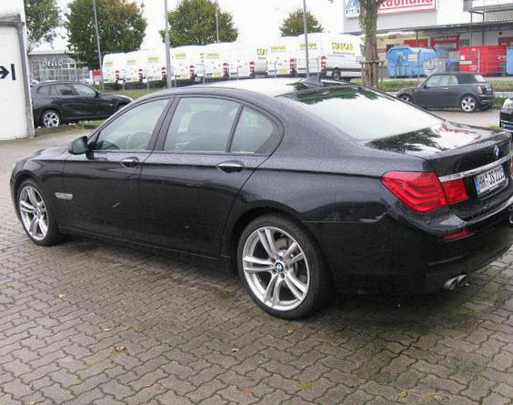 BMW 7 Series (F01) price hatchback