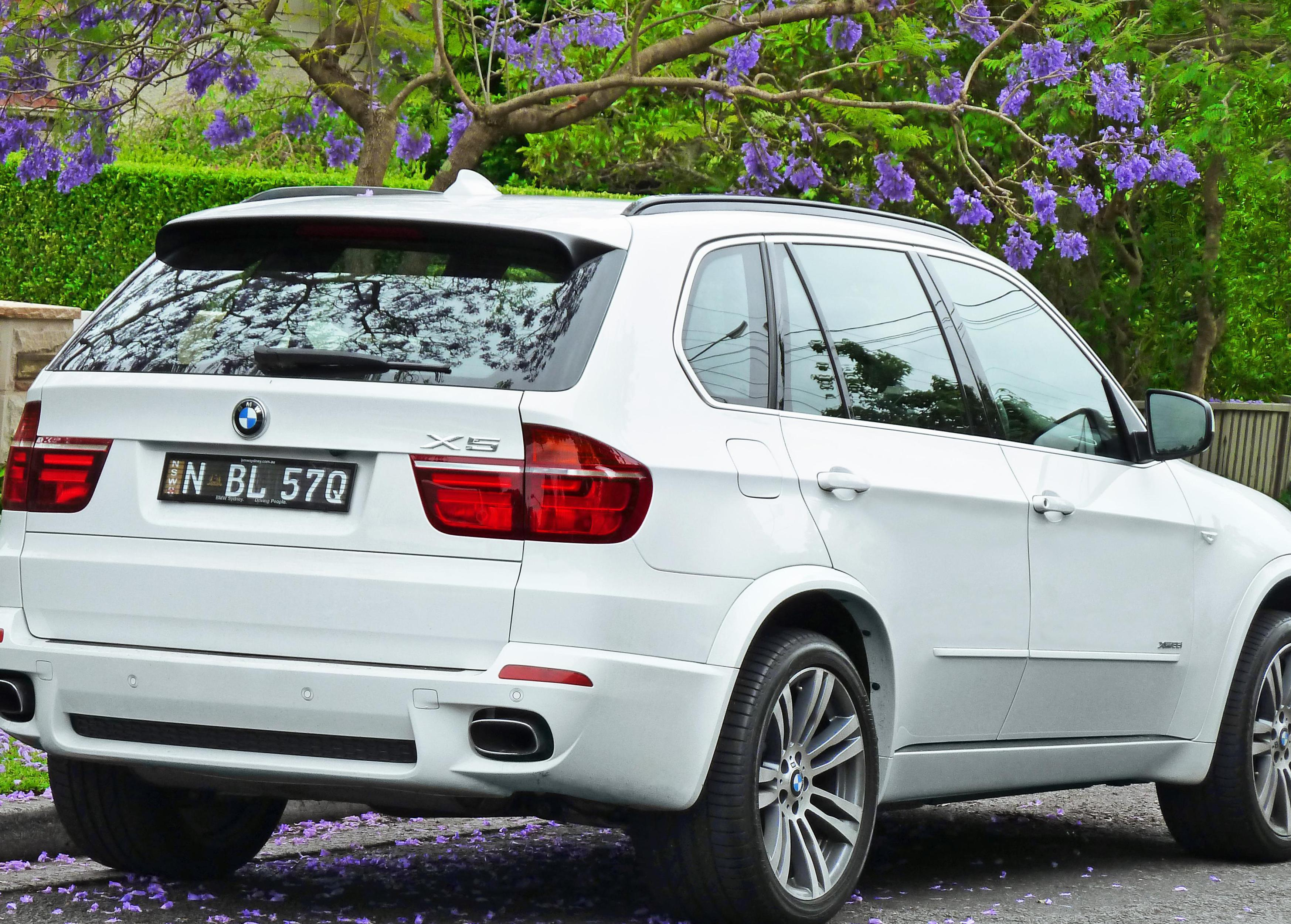 X5 M (E70) BMW reviews wagon