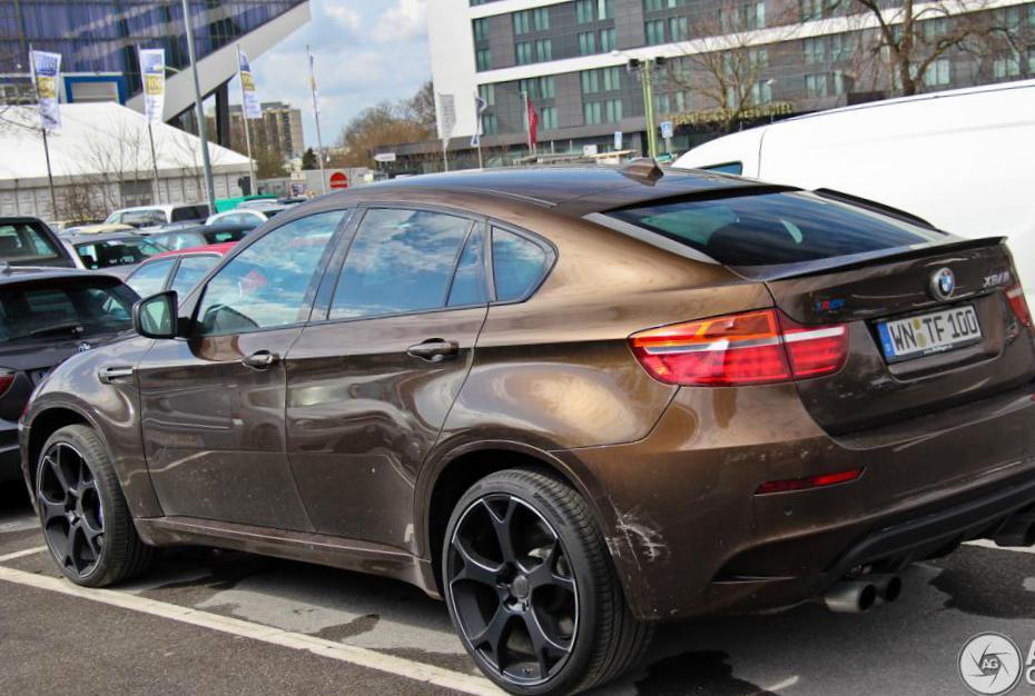 BMW X6 M (E71) Photos and Specs. Photo: BMW X6 M (E71) for ...