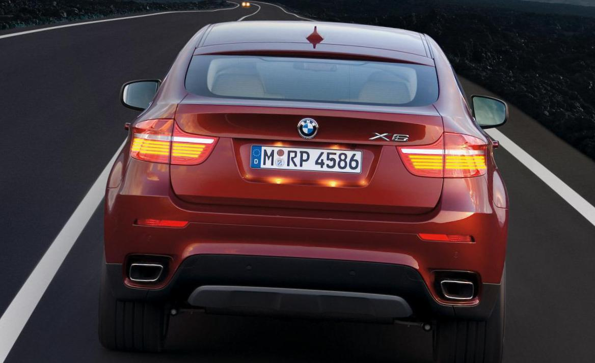 BMW X6 M (E71) Specification sedan