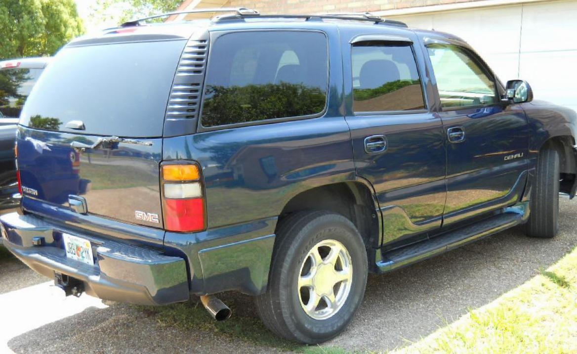 Yukon GMC configuration hatchback