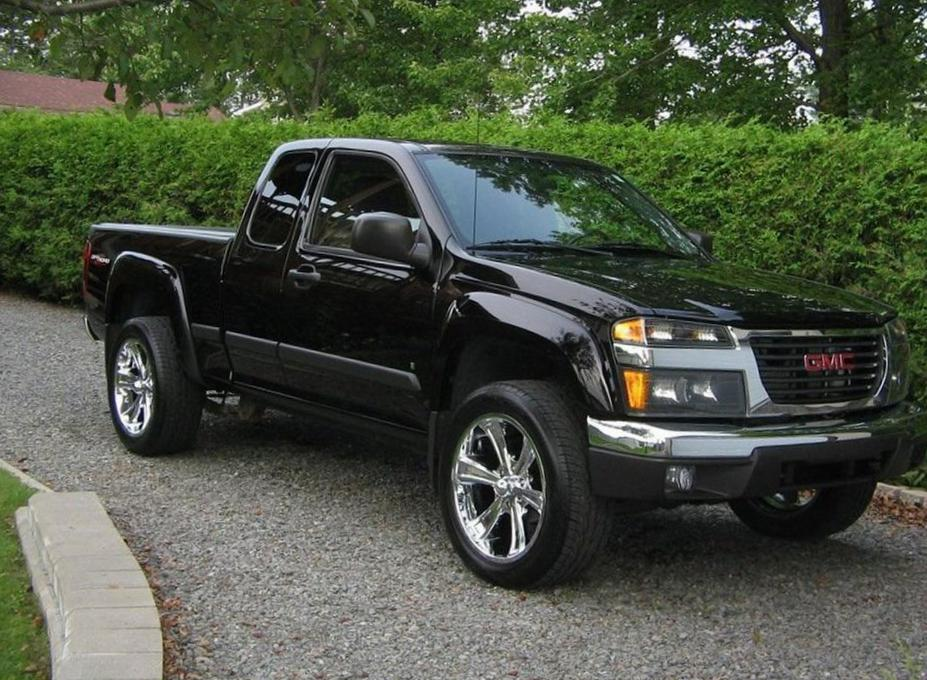 Gmc canyon extended cab photos and specs photo gmc canyon extended gmc canyon extended cab models publicscrutiny Image collections