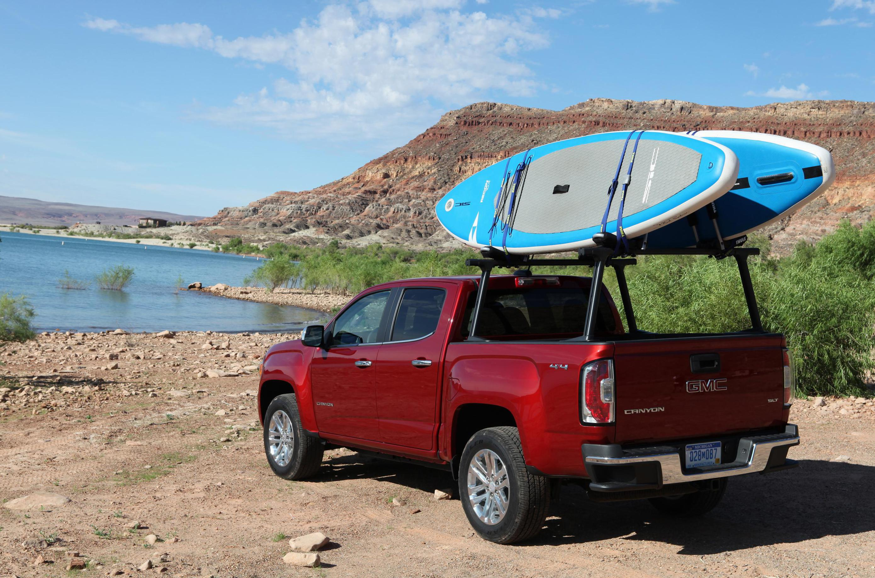 GMC Canyon Crew Cab configuration sedan