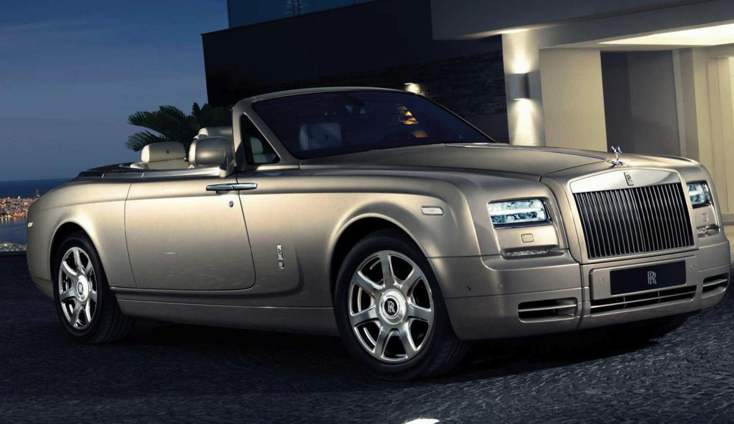 Rolls-Royce Phantom Drophead Coupe configuration sedan