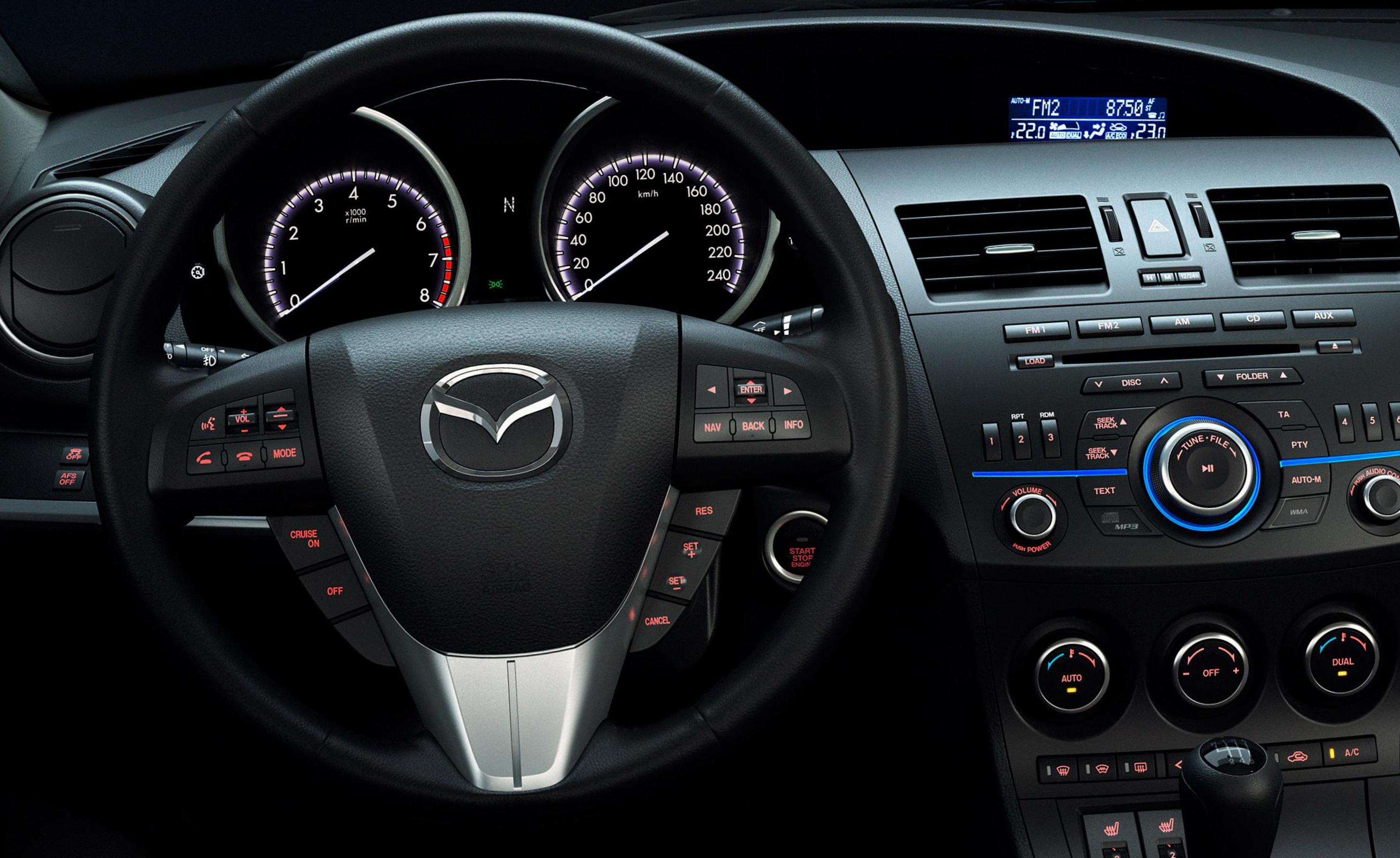 3 Sedan Mazda reviews hatchback