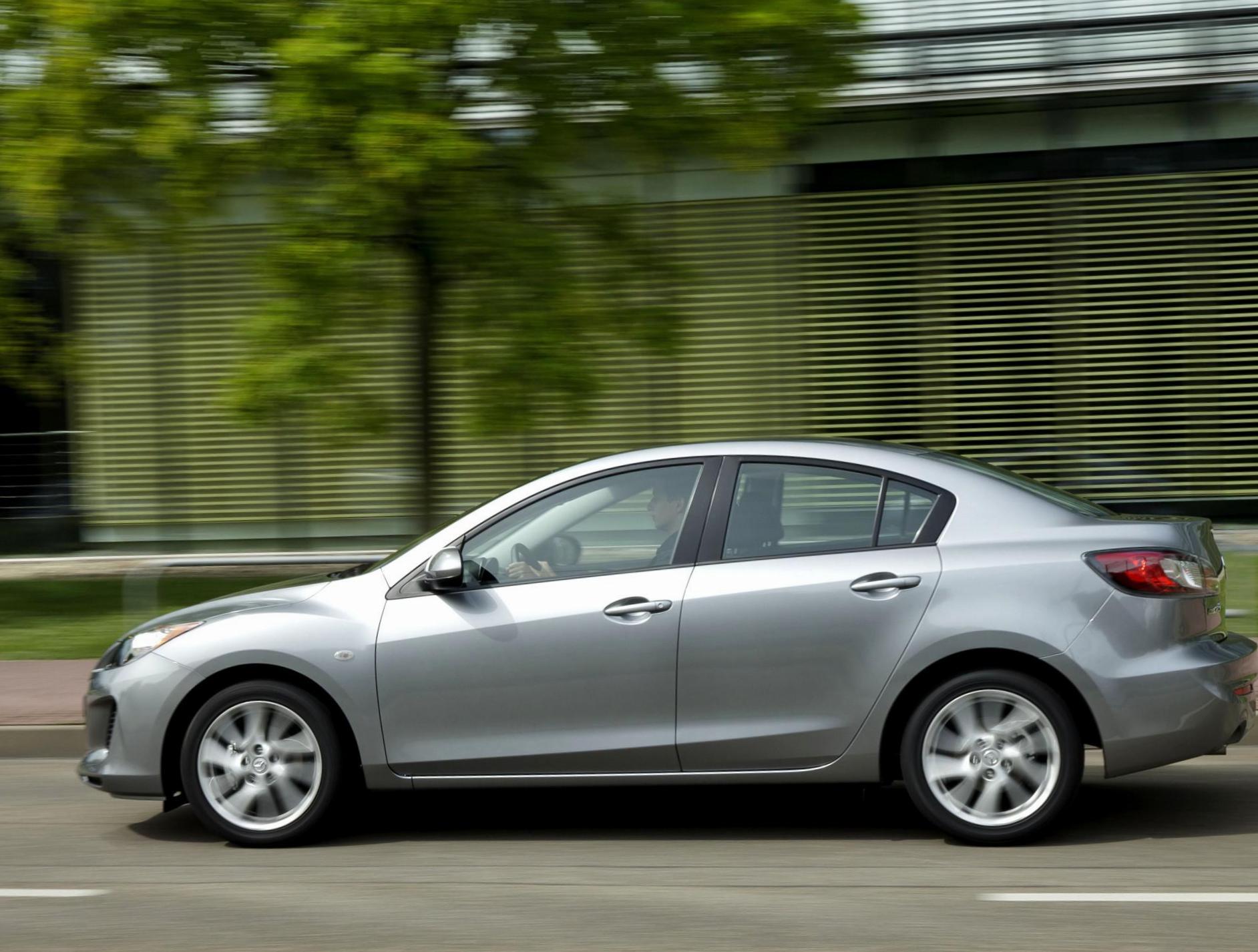 Mazda 3 Sedan Tuning 2014