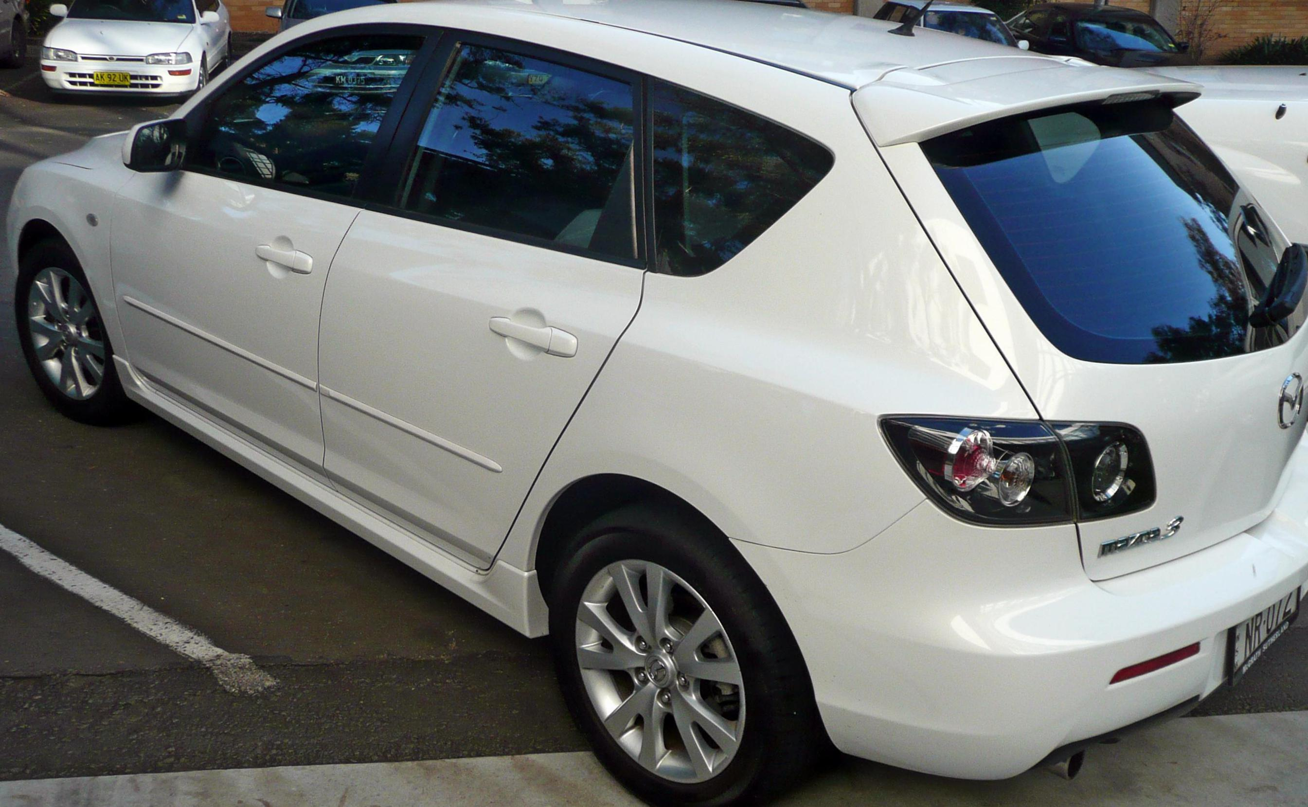 3 Hatchback Mazda new 2009