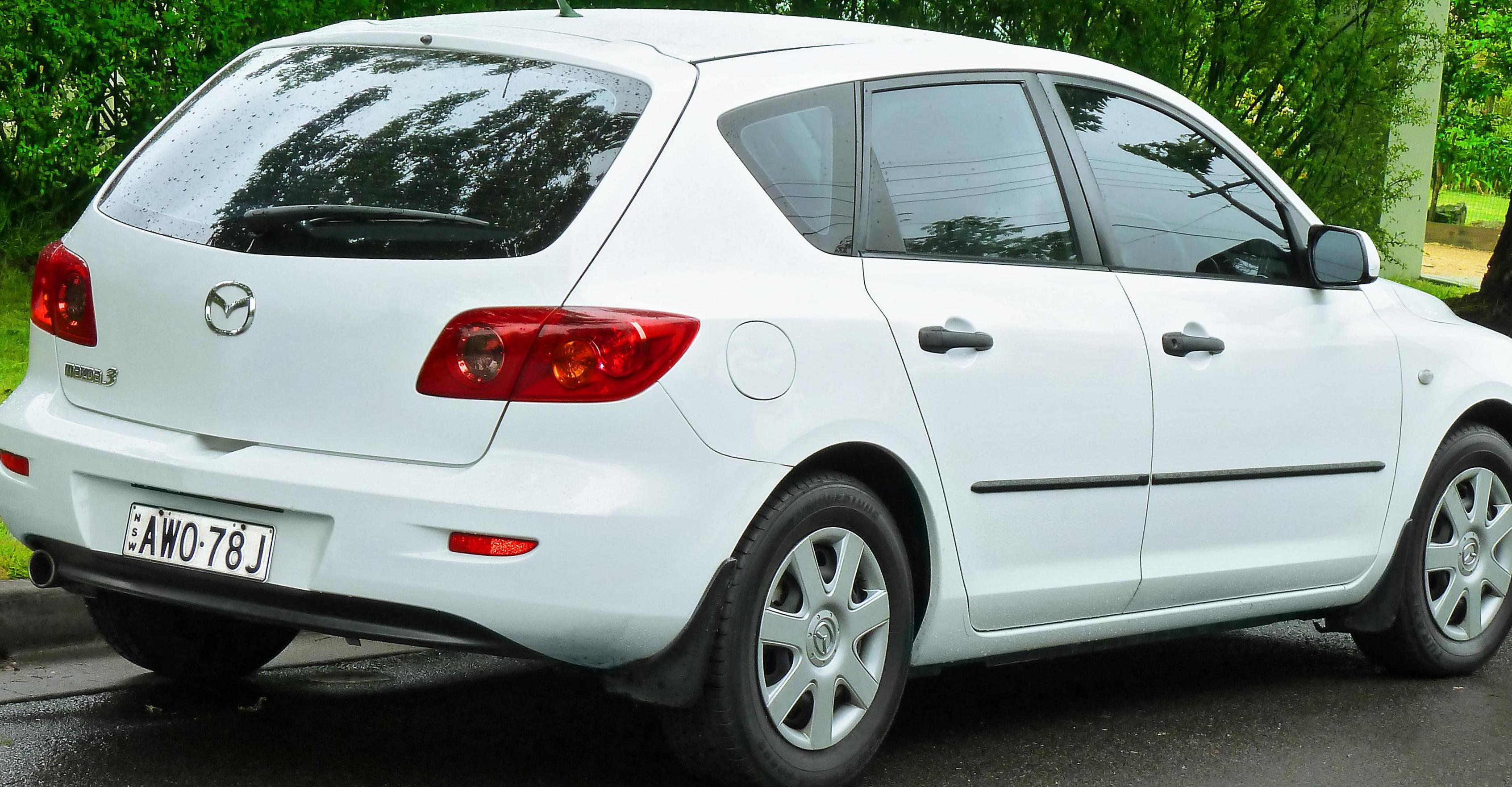 Mazda 3 Hatchback price 2009