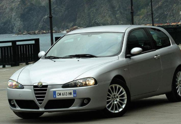 147 3 doors Alfa Romeo approved 2006