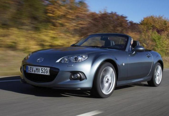 Mazda MX-5 Roadster Coupe approved hatchback