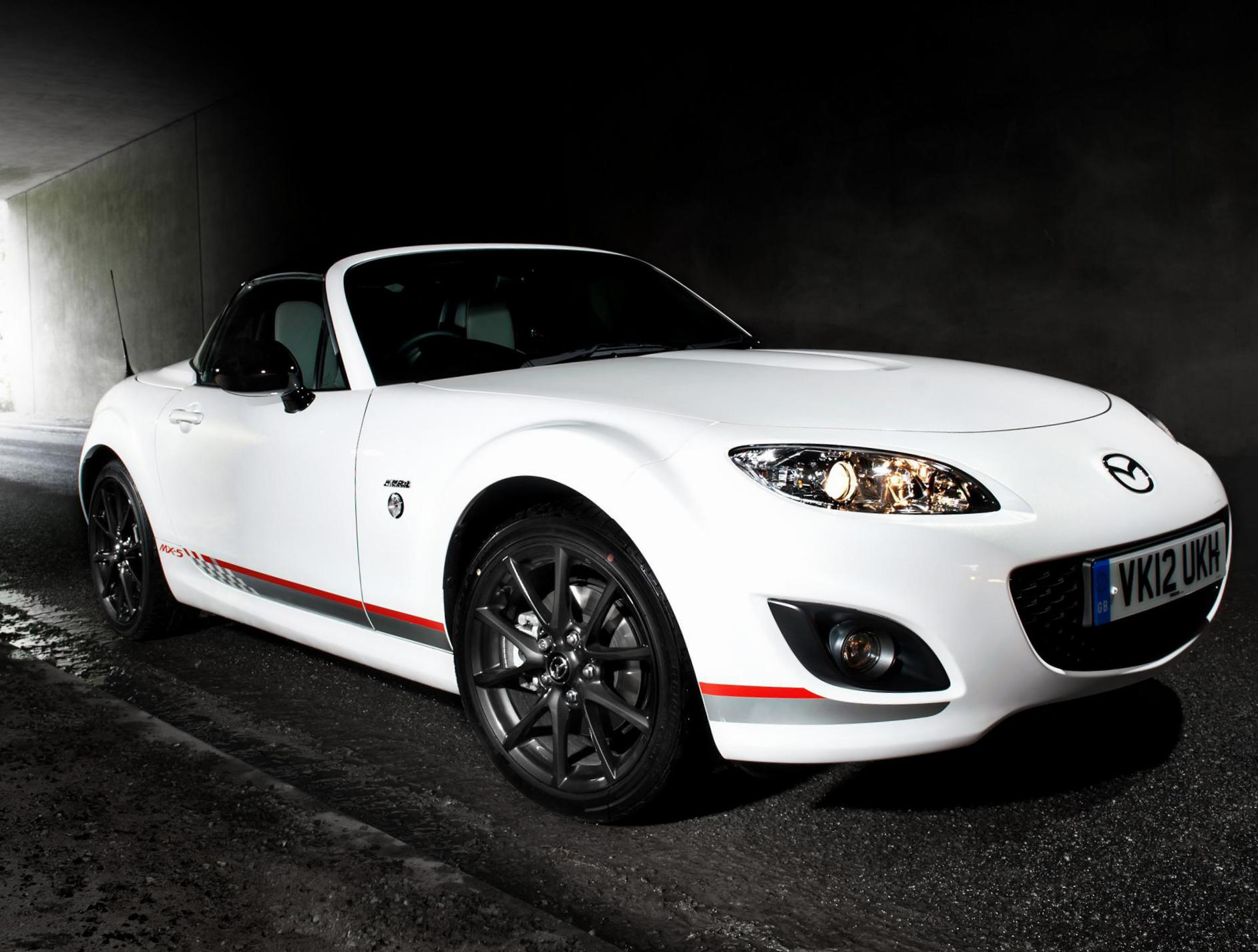 Mazda MX-5 Roadster Coupe review wagon