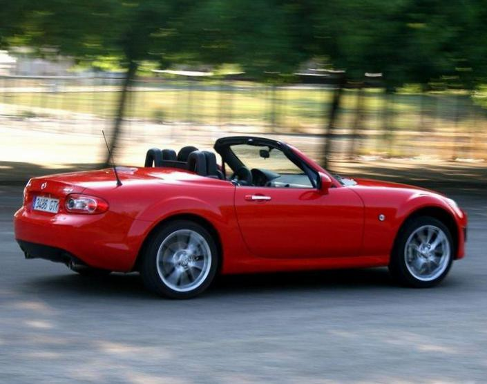 MX-5 Roadster Coupe Mazda specs sedan