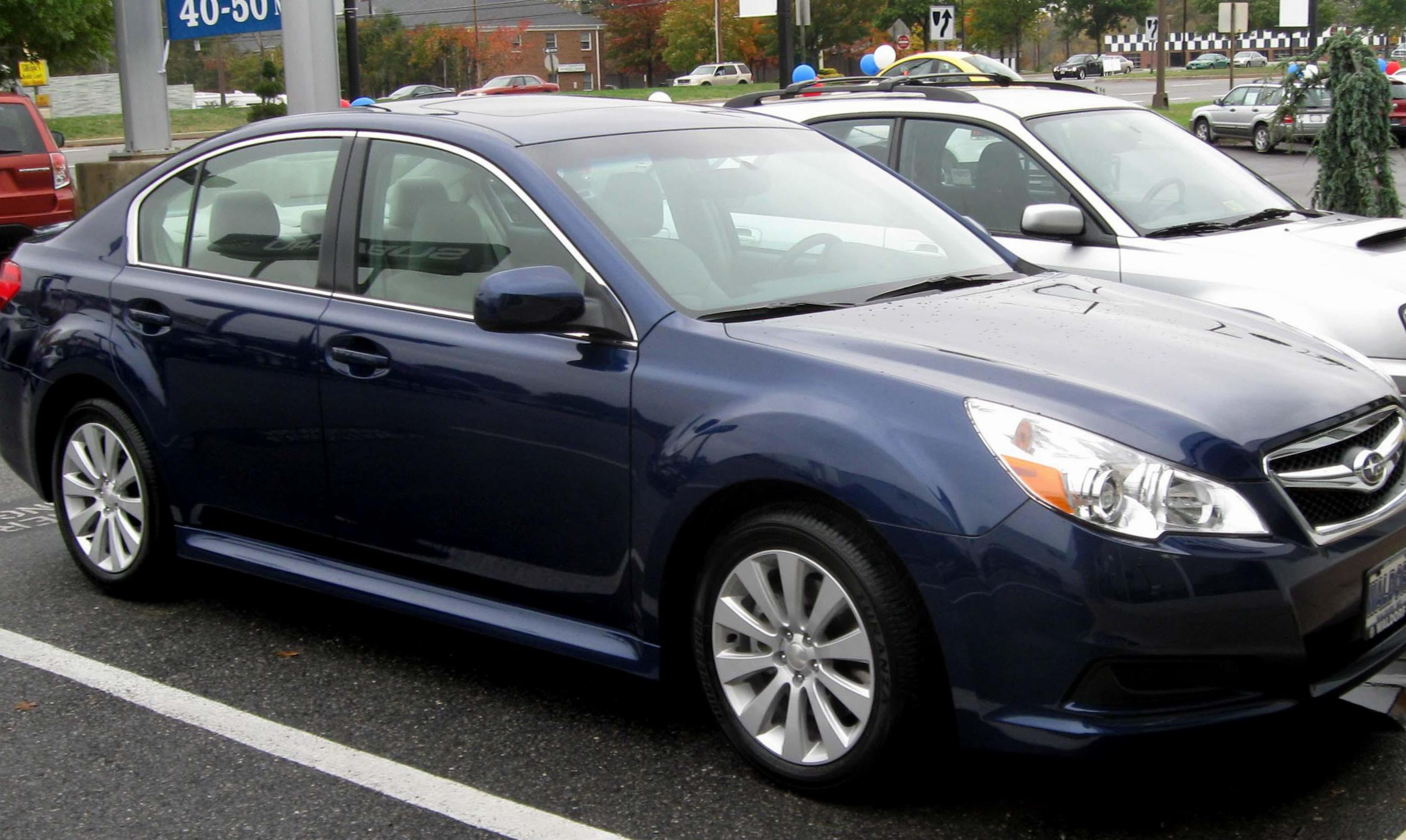 Subaru Legacy reviews 2012