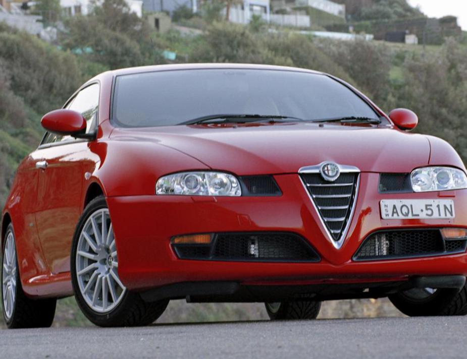 GT Alfa Romeo approved coupe