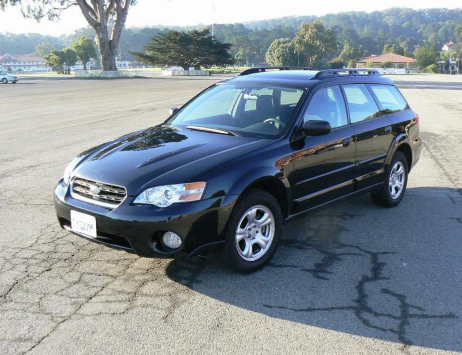 Subaru Outback model suv