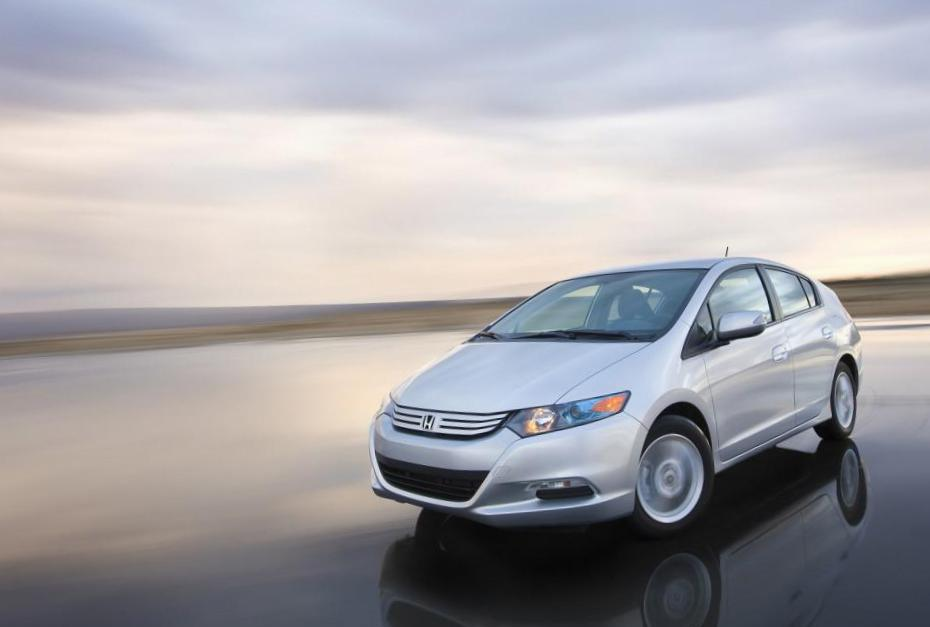 Honda Insight reviews 2010
