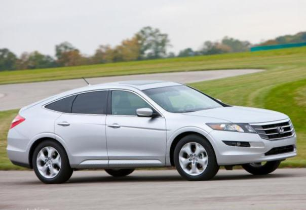Accord Crosstour Honda usa minivan