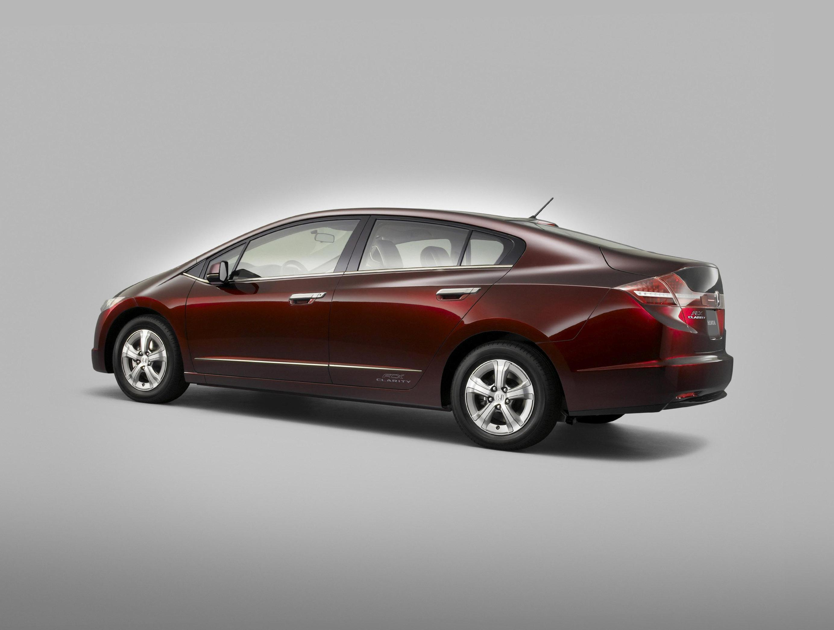 Honda FCX Clarity usa hatchback