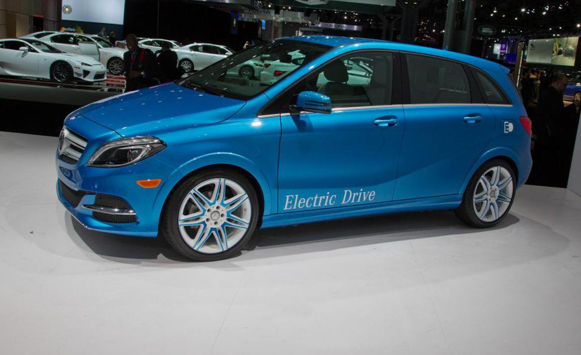 Mercedes B Class Electric >> Mercedes B Class Electric Drive Photos And Specs Photo B