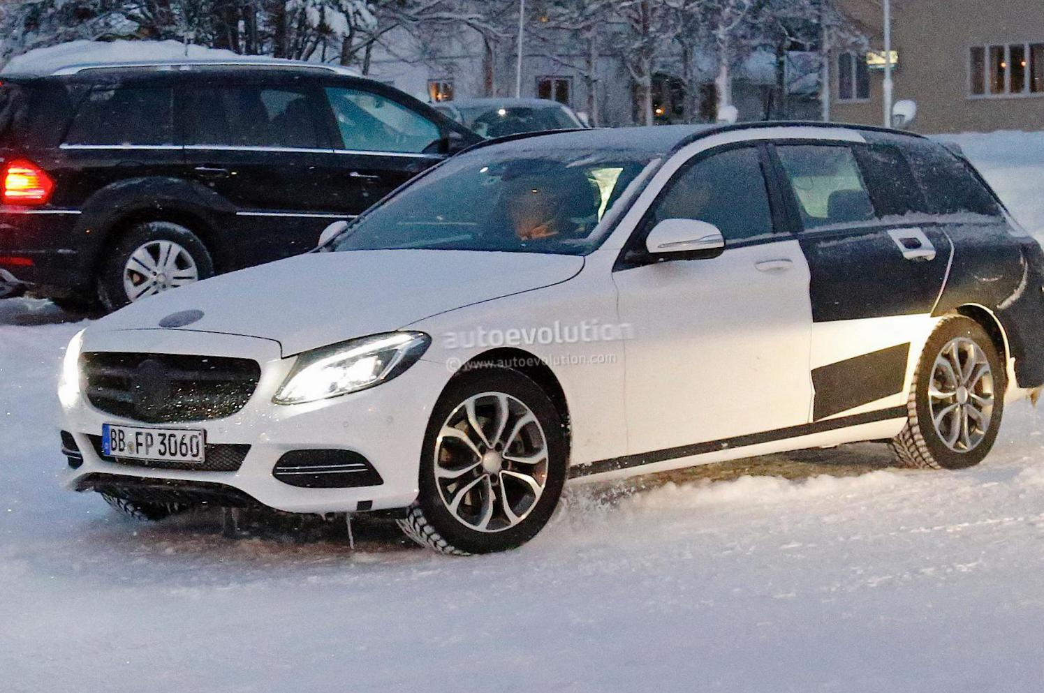 Mercedes C-Class Estate (S205) how mach 2015