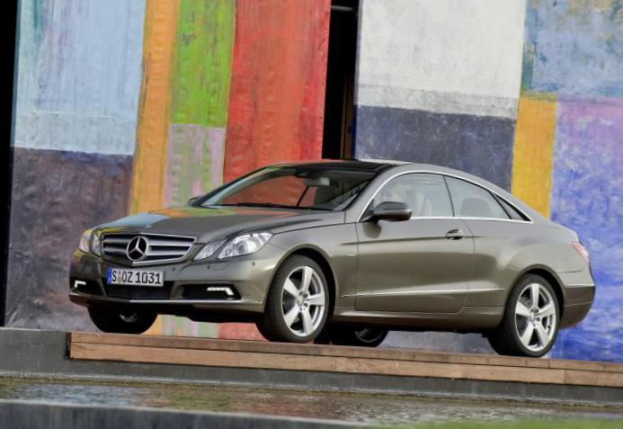 Mercedes E-Class (C207) used hatchback