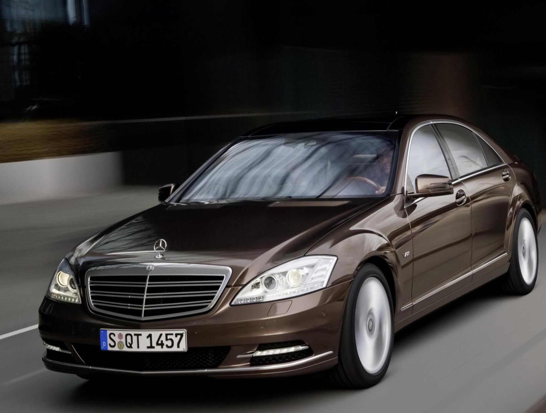 Mercedes S-Class  (W221) review 2009