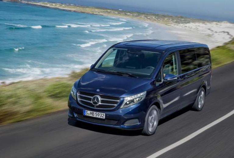 Mercedes V-Class (W447) reviews hatchback