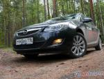 Astra J Sports Tourer Opel review 2010